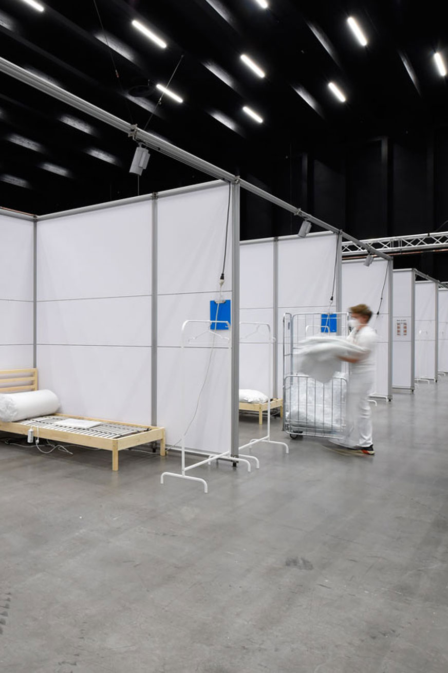 Exhibition halls become hospitals – with an architecture system